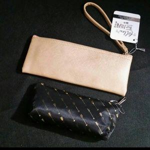 Bags - Hustle & Arrows Cosmetics Wristlet/Bag